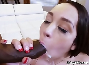 Hot Vixen Alycia Starr Gets Humped And Facialized