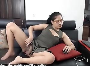cute girl back an uncut cock - shemalecam69 porn..