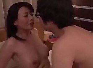 Mẹ dạy con sex vietsub