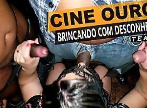 Casada com estranhos no cinema - Cristina Almeida