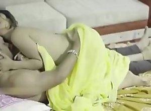 Indian desi milf big boobs saree bhabhi horny..